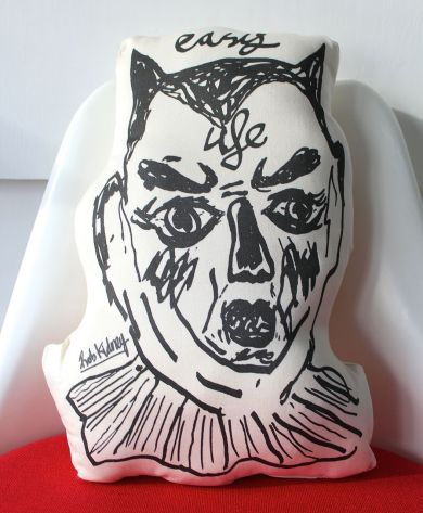 Cushion 'Easy life Dracula Clown'